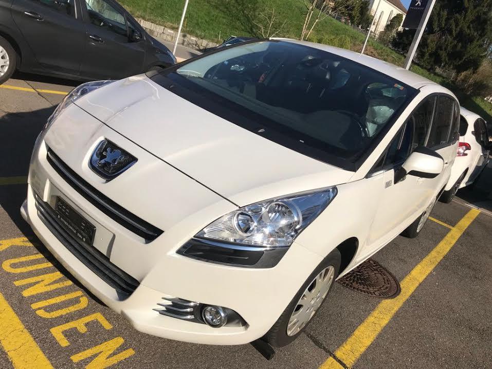 Peugeot 5008 1.6 16V T Active Kompaktvan / Minivan